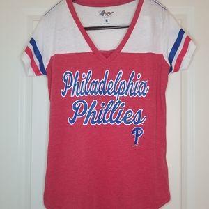 Tops - NWT Philadelphia Phillies T-Shirt Size XL